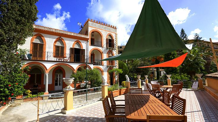 villa caterina, cefalu, cefalù, sicilia, italia, vacanze al mare, famiglie
